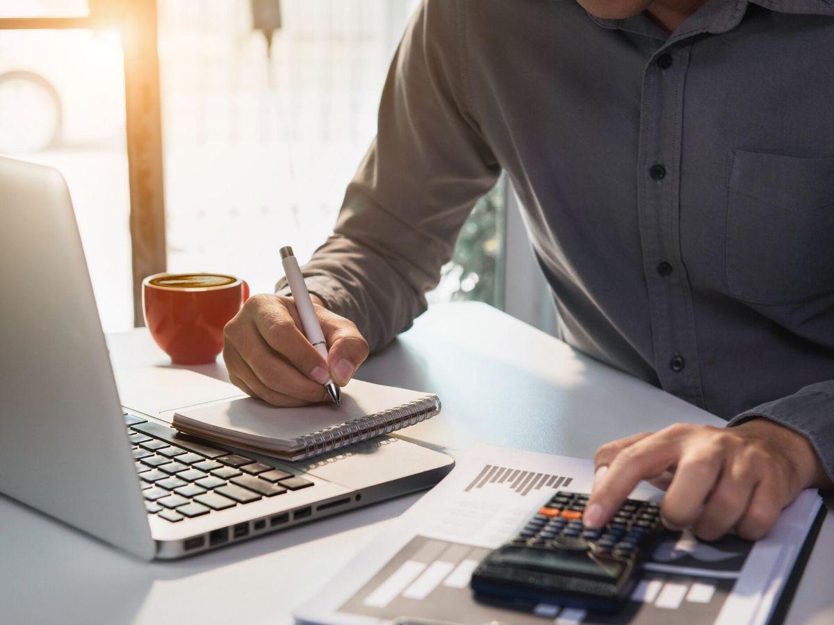 人材派遣の給与計算はシステムを使って自動化できる!システム導入のメリット